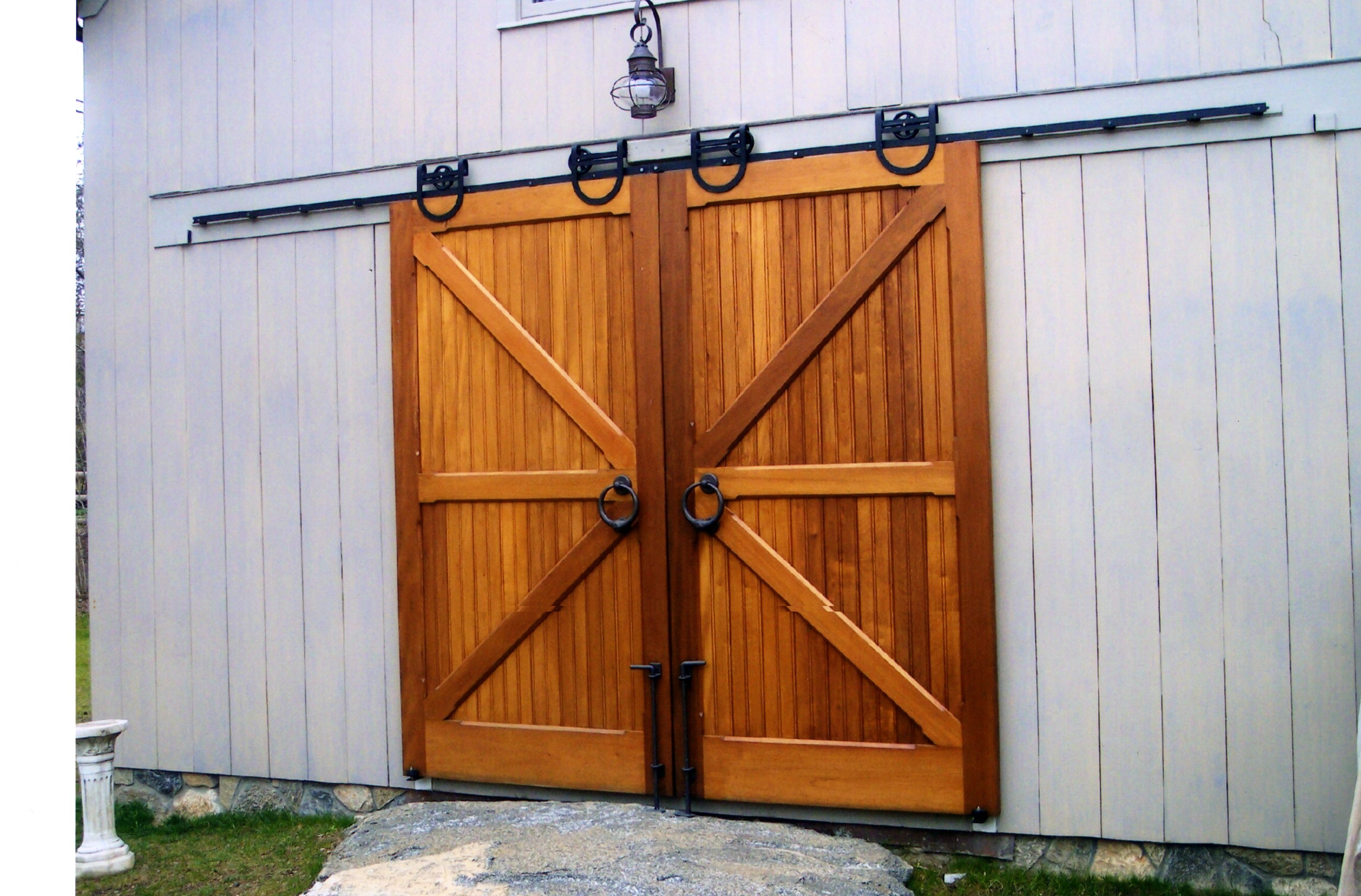 Sliding Garage Doors Orlando And Why You Might Want One King Garage Door